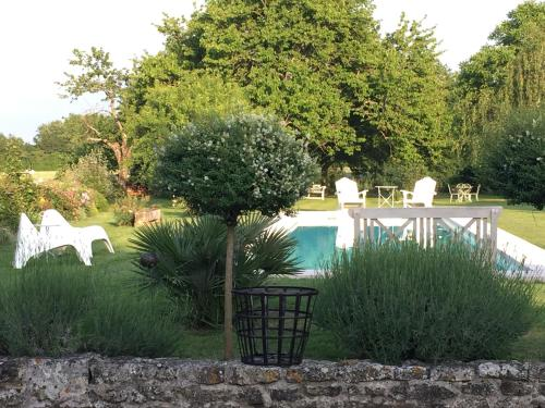 L'Ombriere : Chambres d'hotes/B&B proche d'Annepont