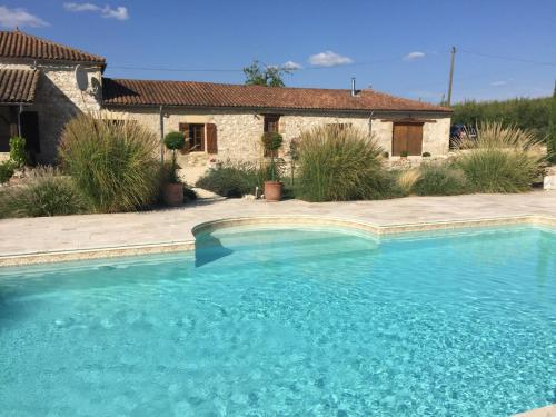 Hébergement Lamamotte Gite Holiday Home
