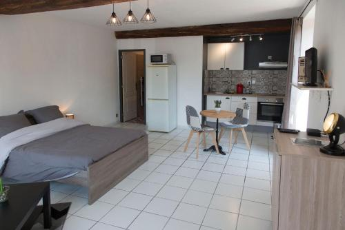 Appartement douillet au bord de l'Yonne : Appartement proche de Villeneuve-Saint-Salves
