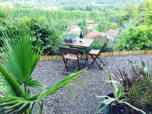 Nice Private appartement with beautiful view : Appartement proche de Bassan