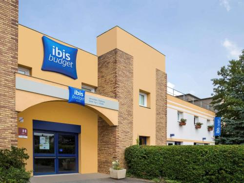 ibis budget Versailles Chateau : Hotel proche de Bailly