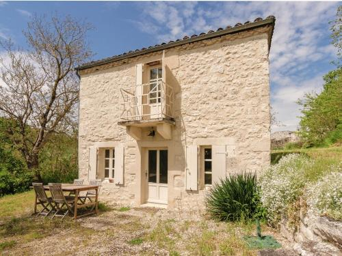 Holiday Home Maison Lamothe : Hebergement proche de Montaigu-de-Quercy