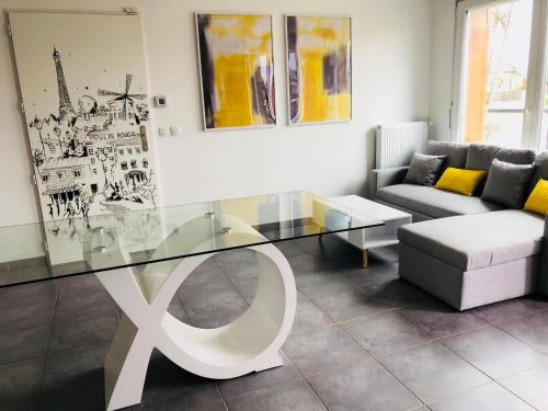 Modern apartment Paris Disneyland : Appartement proche de Lesches