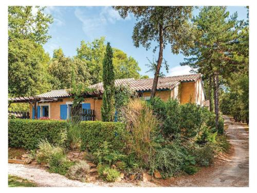 One-Bedroom Holiday Home in Gaujac : Hebergement proche de La Bastide-d'Engras