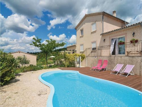 One-Bedroom Holiday Home in Barjac : Hebergement proche de Tharaux