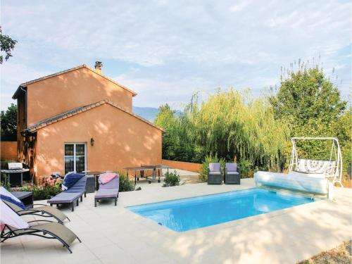 Five-Bedroom Holiday Home in St Eulalie en Royans : Hebergement proche de Beauregard-Baret