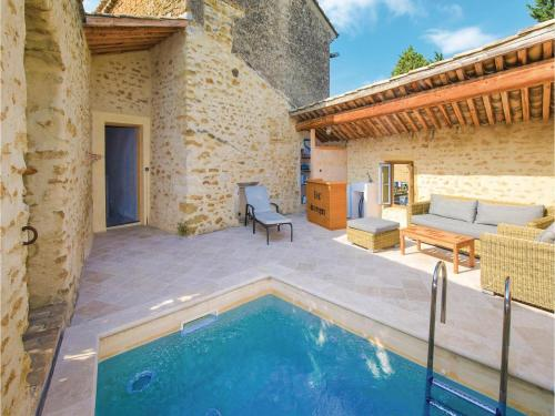 Four-Bedroom Holiday Home in Bouchet : Hebergement proche de Lagarde-Paréol