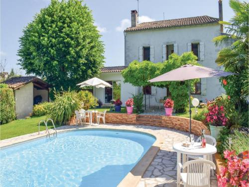 Holiday Home Monsegur : Hebergement proche de Saint-Martin-Petit