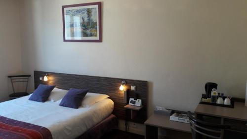 Logis Hotel Au Site Normand : Hotel proche d'Ussy