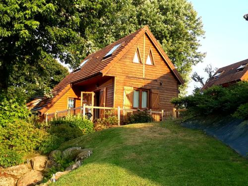 Lake Dathee Lodge : Hebergement proche de Saint-Michel-de-Montjoie