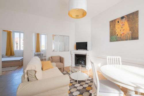 New! Beautiful flat! 2 rooms new and modern : Appartement proche de Saint-Cyr-au-Mont-d'Or