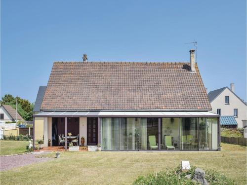 Holiday home Avenue de Normandie : Hebergement proche de Pirou