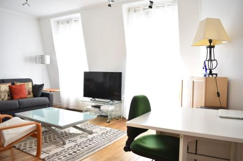 Appartement 1 Bedroom Apartment in 15th