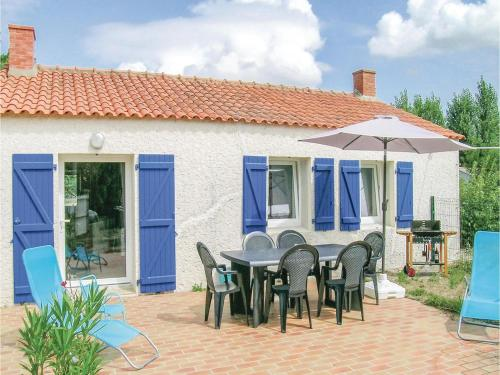 One-Bedroom Holiday Home in St Urbain : Hebergement proche de La Garnache
