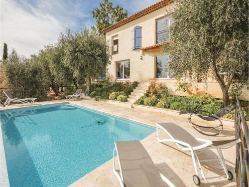 Four-Bedroom Holiday Home in Cabris : Hebergement proche de Saint-Vallier-de-Thiey