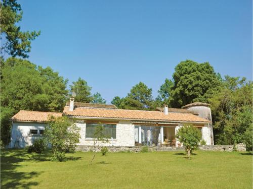 Holiday home Sers 48 : Hebergement proche de Saint-Germain-de-Montbron