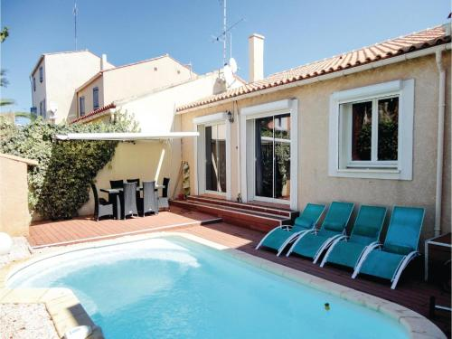 Hébergement Three-Bedroom Holiday Home in Gruissan