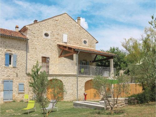 Two-Bedroom Holiday Home in Barjac : Hebergement proche de Saint-Privat-de-Champclos