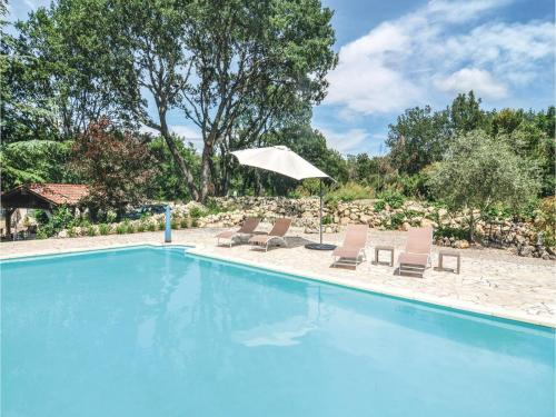 One-Bedroom Holiday Home in Bouquet : Hebergement proche de Tharaux