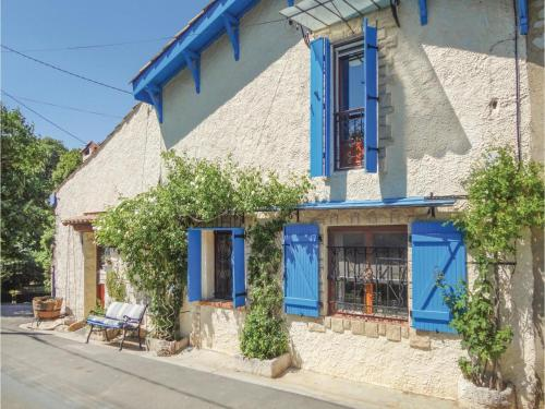 Three-Bedroom Holiday Home in Causses er Vayran : Hebergement proche de Roquebrun