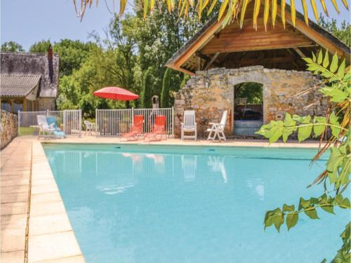 Five-Bedroom Holiday Home in Padirac : Hebergement proche d'Autoire