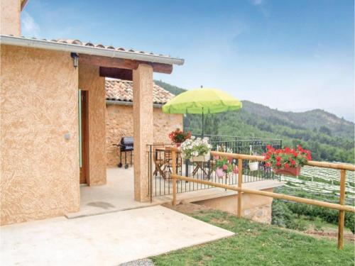 Three-Bedroom Holiday Home in Sigoyer : Hebergement proche de La Motte-du-Caire