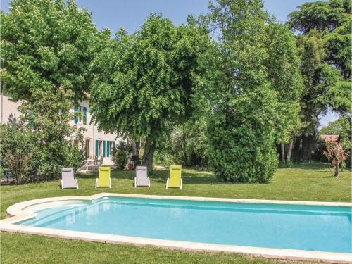 Holiday Home Montelimar Nord with Fireplace XII : Hebergement proche de Sceautres