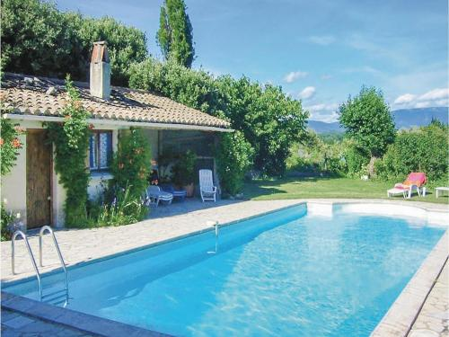 0-Bedroom Holiday Home in Grignan : Hebergement proche de Montjoyer