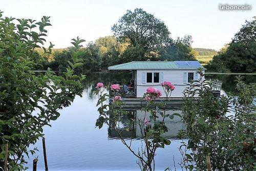 Photo Cottage flottant Saint Jean de Losne