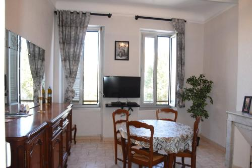 Appartement place des marseillaises saint-charles
