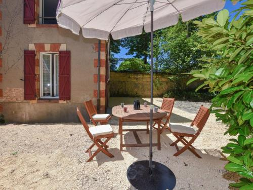 Holiday home Lalinde : Hebergement proche de Lalinde