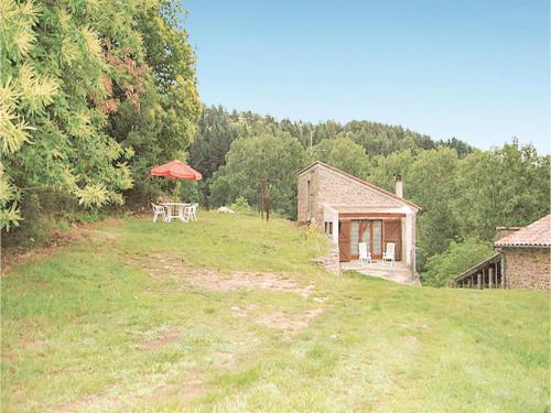 Holiday Home Losavon - 03 : Hebergement proche de Saint-Michel-de-Chabrillanoux