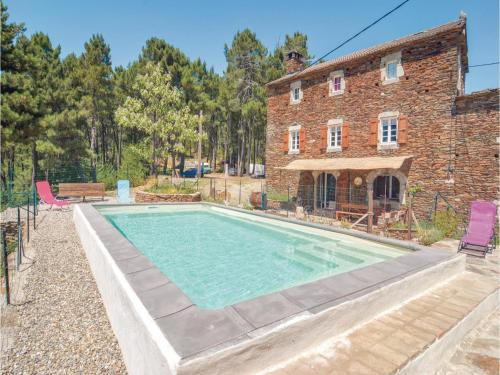 Holiday Home Malbosc with Fireplace I : Hebergement proche de Bordezac