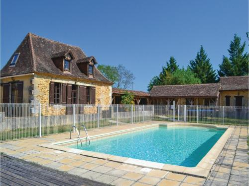 Holiday home Colombat I-640 : Hebergement proche de Saint-Laurent-des-Hommes