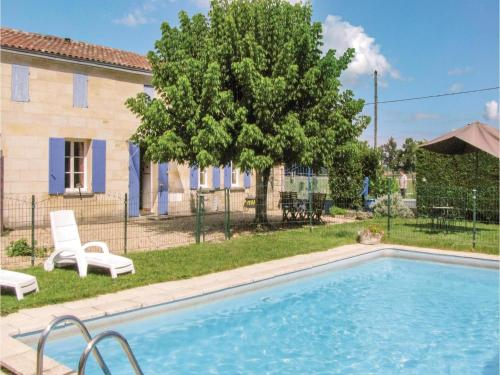 Holiday home Tripoteau Sud : Hebergement proche de Chamadelle