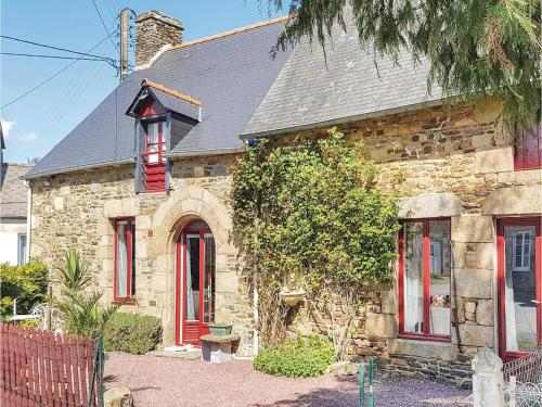 One-Bedroom Holiday Home in Vieux-Viel : Hebergement proche d'Aucey-la-Plaine