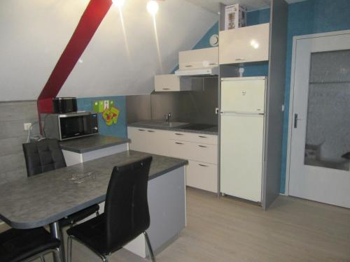 Salina : Appartement proche de Chamblay