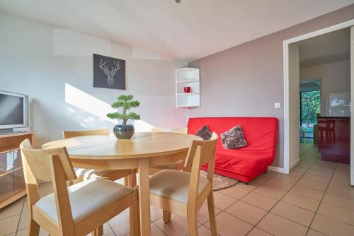 Joli T2 avec terrasse et parking - Air Rental : Appartement proche de Wattignies