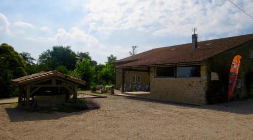 Holiday home Messaut : Hebergement proche de Saint-Loubert