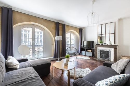 Charming two bedrooms flat two steps from the Opéra : Appartement proche de Bordeaux
