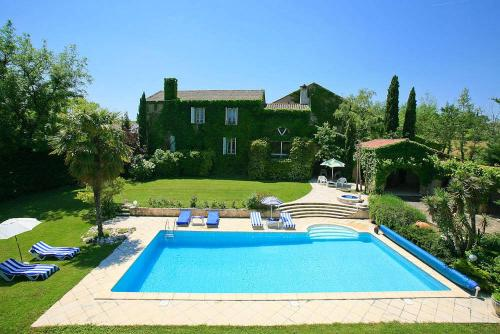 Hébergement Castelnau-de-Levis Villa Sleeps 6 Pool WiFi