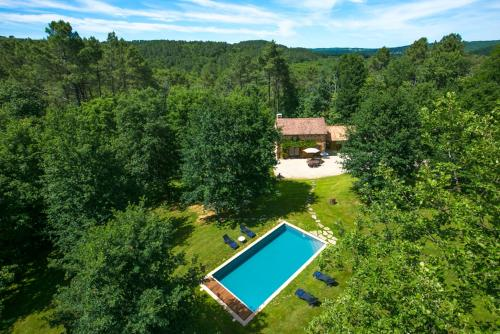 L'Estrade Villa Sleeps 5 Pool WiFi : Hebergement proche de Salviac