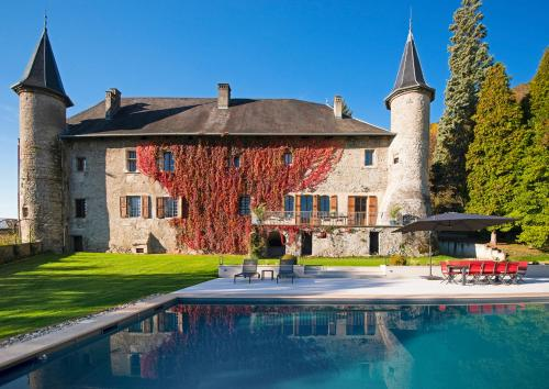 Hébergement Le Bourget-du-Lac Chateau Sleeps 20 Pool WiFi