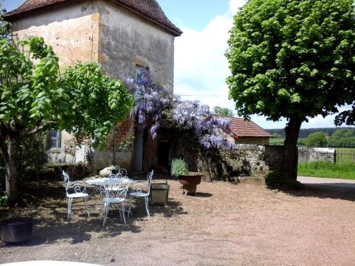 Holiday home Les Barres : Hebergement proche de Saint-Germain-en-Brionnais