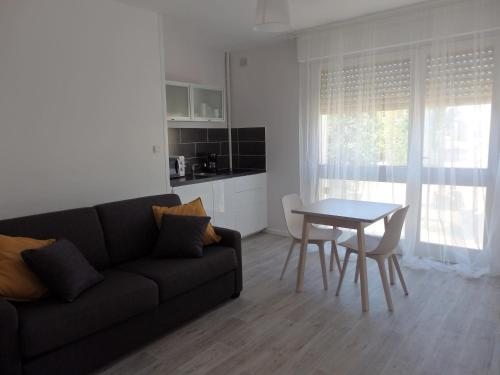 Studio Saint Roch : Appartement proche d'Arue