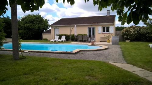 Holiday home Route d'Egreville : Hebergement proche de Maillot