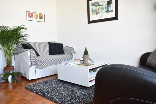 Appartement Top Floor 1 Bedroom Apartment near Gare de Lyon