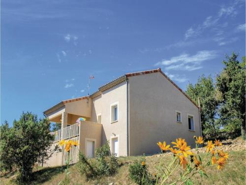 Two-Bedroom Holiday Home in Rochecolombe : Hebergement proche de Vogüé