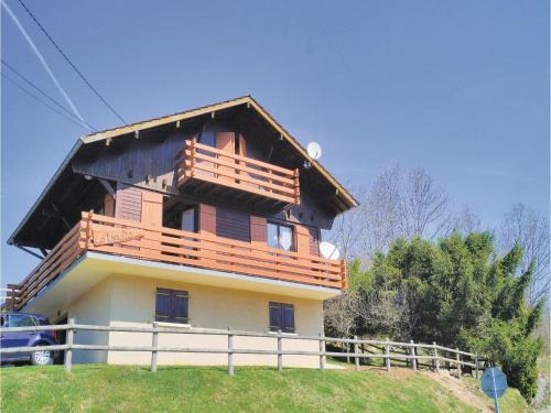Holiday Home La Marmotte : Hebergement proche de Granges-Narboz