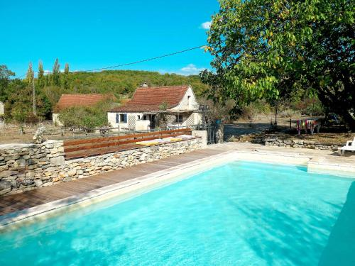 Photo Ferienhaus mit Pool Saint-Chels 100S